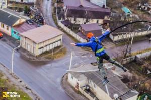 Прыжки в Харькове на резинке 2